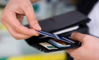 Kredi kartları için asgari ödeme oranı yüzde 20'ye indirildi!