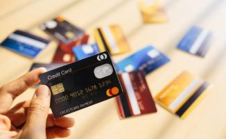 Milyonlarca kredi kartı kullanıcısına müjde! Faiz oranları düştü
