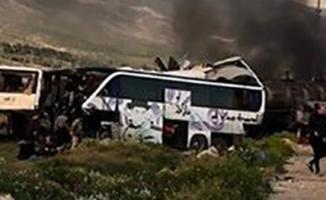 Yakıt tankeri iki yolcu otobüsüne çarptı! 30 ölü çok sayıda yaralı var!