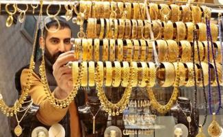 Altın fiyatları zirveyi gördü! 24 Nisan altın fiyatları rekor üstüne rekor kırdı! Çeyrek altın, gram altın...