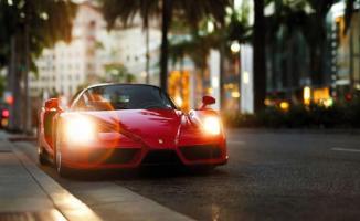 Ferrari'si olanda 1000 TL'lik sosyal yardım başvurusunda bulundu!