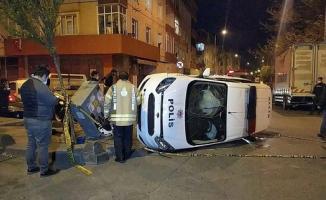 İstanbul Gaziosmanpaşa'da bir polis aracı kaza yaptı! Kazada 2 polis memuru yaralandı