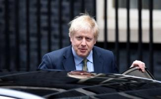 Kovid-19'a yakalanan İngiltere Başbakanı Boris Johnson hastaneye kaldırıldı!