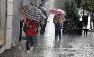 Meteoroloji o illerde yaşayanları uyardı: Sağanak bekleniyor!