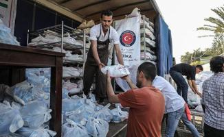 TİKA Gazze'de sağlık paketi ve dezenfektan dağıttı!