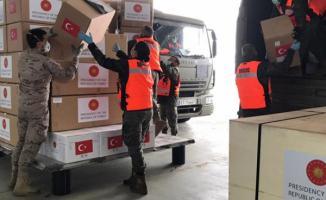 Türkiye 54 ülkeye test kiti, eldiven ve maske gibi tıbbi malzeme gönderdi!