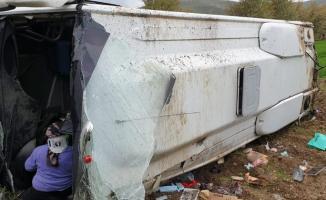 Afyonkarahisar'ın Şuhut ilçesinde otobüs kazası! 16 kişi yaralandı!