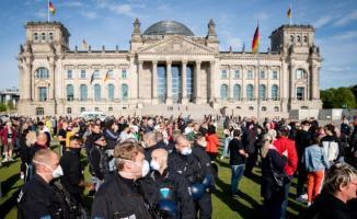 Almanya'dan kritik koronavirüs kararı! 29 Haziran'a kadar uzattılar