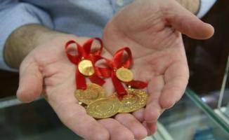 Altın fiyatlarında uzun zaman sonra bir ilk yaşandı! 1 Mayıs altın fiyatları açıklandı! Gram, çeyrek altın fiyatları belli oldu