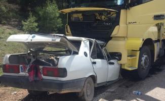 Antalya'nın Korkuteli ilçesinde trafik kazası! 3 Yaralı