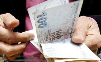Emekli maaşı ödemelerini bekleyenlere müjde! Hemen hesaplarınızı kontrol edin