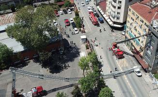 İtfaiye aracının uzanan merdiveni kırılınca bir itfaiye eri hayatını kaybetti!