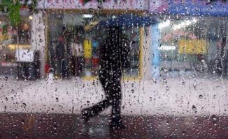 Meteoroloji akşam saatlerinde son dakika duyurdu! Çok kuvvetli sağanak yağış gelecek! Sel, dolu ve hortum tehlikesi var!