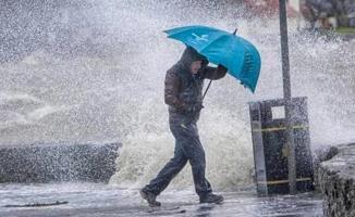 Meteoroloji'den akşam saatlerinde kritik uyarı! 9 bölgemize gece saatlerinde çok kuvvetli gelecek! Önleminizi alın!