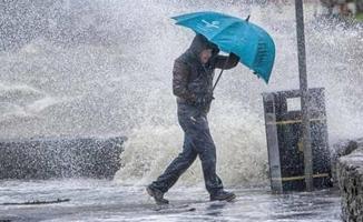 Meteoroloji sabah saatlerinde son dakika olarak açıkladı! 10 bölgeye çok kuvvetli gök gürültülü sağanak yağış gelecek!
