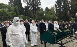 Ömer Döngeloğlu'nun cenazesi 15 Temmuz Şehitliği'ne defnedildi.