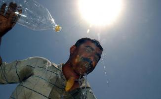 Türkiye'de kavurucu sıcaklıklar etkili olmaya başladı! Meteoroloji il il açıkladı!