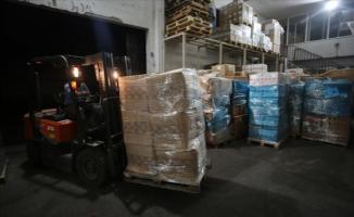 Türkiye'den giden 1,5 ton koruyucu tıbbi malzeme Kızılhaç'a teslim edildi!