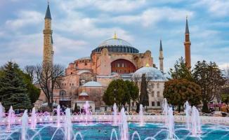 AKP ve MHP Ayasofya'nın cami yapılması için verilen önergeyi reddetti!