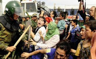 Uygur Türklerine destek ABD'den geldi!