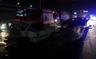 Gebze ilçesi TEM Otoyolu'nda feci kaza! 3 ölü 4 yaralı