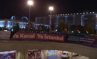 Kanal İstanbul projesiyle ilgili bilgilendirme afişlerini söktüler!