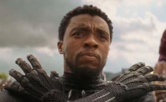 Kara Panter filminde başrolde oynayan Chadwick Boseman hayatını kaybetti!