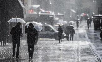 Meteoroloji 25 ili uyardı! Kuvvetli sağanak yağış geliyor