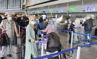 Türkiye'den Avrupa'ya girişler yasaklandı! Seyahat kısıtlaması ne zaman biter?