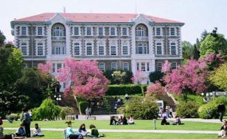 Üniversiteler kararlarını açıklamaya başladı! Boğaziçi Üniversitesi online eğitim yapacak!