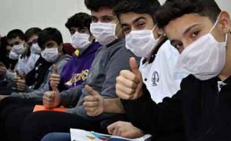 Öğrencilere ücretsiz maske dağıtılacak!