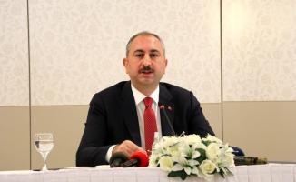 Son dakika Bakan Gül'den 1200 hâkim ve savcı alımı hakkında açıklama!