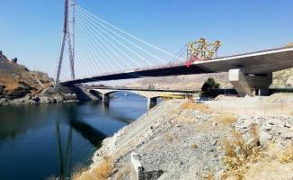 Yeni Kömürhan Köprüsü tamamen birleşti!