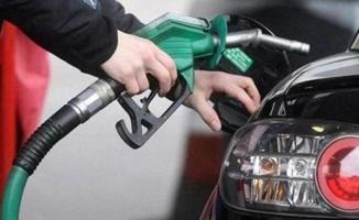 Benzine 37 kuruş zam resmileşti! Yarından itibaren geçerli olacak