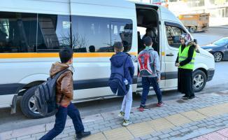 İstanbul'da okul servis ücretleri yeniden düzenlendi!
