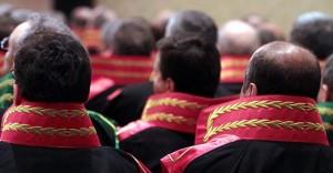 Birinci Sınıf İncelemeye Tabi Tutulacak Hakim ve Savcıların Listesi Resmi Gazete'de