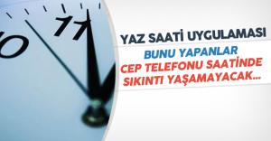 Cep Telefonu Kullanıcıları 'Saati İleri-Geri Alma Sıkıntısı' Yaşayacak Mı?