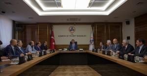 Gümrük ve Ticaret Bakanı Bülent Tüfenkci Dış Ticaret Verilerini Açıkladı