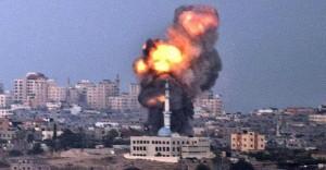 İsrail Bayramda Gazze'yi Vurdu