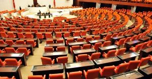 Mecliste Dokunulmazlık Görüşmeleri Devam Ediyor
