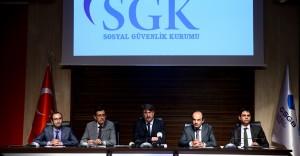 SGK Başkan Yardımcısından Emeklilere Banka Promosyonu Verilmesi Hakkında Açıklama Yaptı