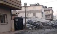 Mersin#039;de 5 Katlı Bina Çöktü