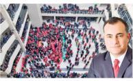 CHP'li Belediye'den sesler yükseldi! İşçiler zam için belediye bastı