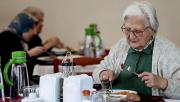 Bakan Selçuk yaşlılar için yeni hizmeti duyurdu: Yaygınlaştırılacak!