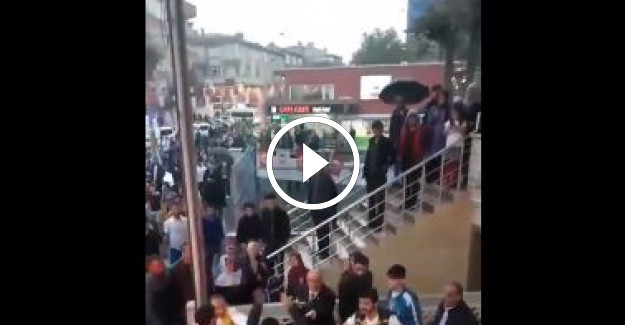 İYİ Parti Üyelerine Silahlı Bıçaklı Saldırı