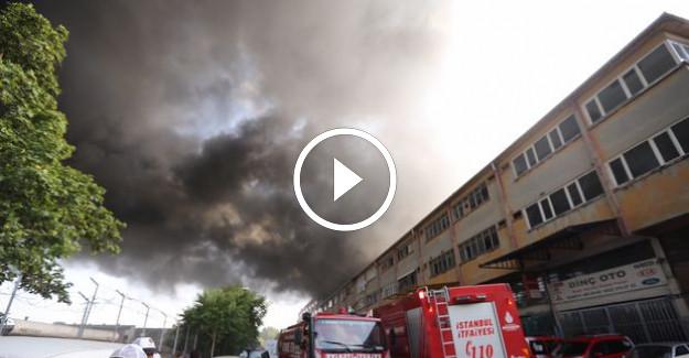 İstanbul#039;da İplik Fabrikasında Yangın! Yürekle Ağza Geldi