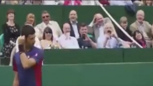 Djokovic'ten gülme krizine sokan Sharapova taklidi