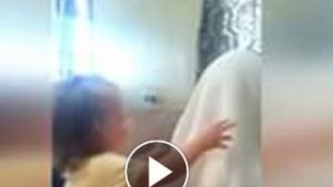 Babasını İlk Kez Sakalsız Gören Bebek, Bakın Ne Yapıyor!