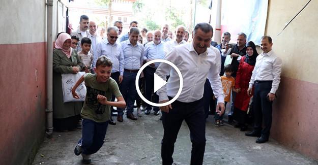 Spor Bakanı Osman Aşkın Bak#039;ın Sokak Futbolu Görüntüleri İzlenme Rekorları Kırıyor