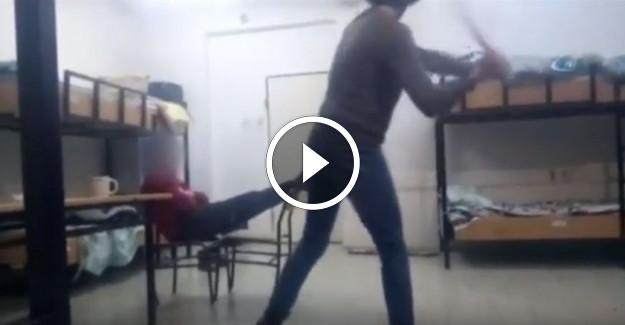 Yatılı Öğrenci Yurdunda Lise 1 Öğrencisini Darp Ederek Telefonla Videosunu Çektiler